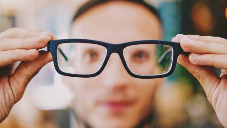 Accent Eye Care Four Tips on Choosing The Right Eyeglass Frames